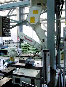 プレス間搬送ロボットシステム(KAWASAKI製ロボット使用)